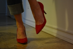 red shoes 002